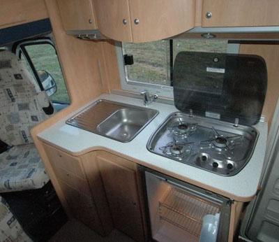 Fabulous burstner t cuisine burstner t cuisine with meuble for Meuble cuisine camping car