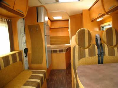 essai camping car pilote aventura p670 tp. Black Bedroom Furniture Sets. Home Design Ideas